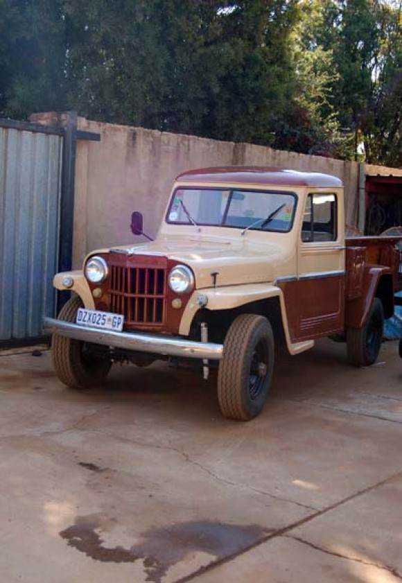 Frank Kloes' 1955 Willys Truck
