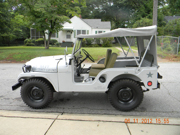 Peter Butchart's 1953 Willys M38A1