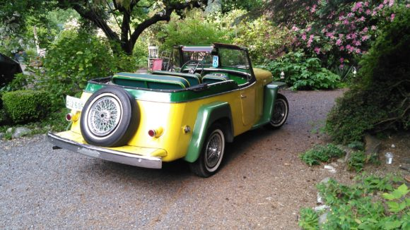 Bob Berger's 1949 Willys Jeepster