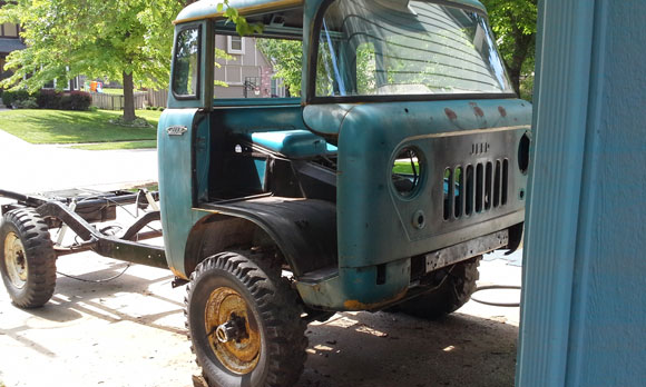 A Resourceful FC-170 Restoration Project :: Kaiser Willys